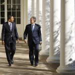 previsioni cia, Obama e Bush camminano