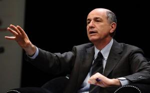 Il banchiere Corrado Passera torna