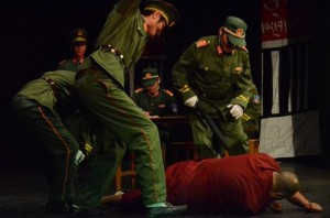 monaco tibetano muore picchiato dalla polizia