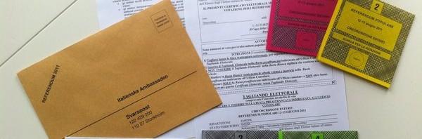 Il materiale per il voto degli italiani all'estero