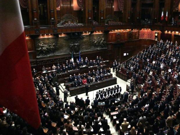 Napolitano per la corte il parlamento e 39 legittimo e pu for Rassegna stampa parlamento