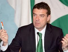 Pagella Politica: Roberto Cota e la pressione fiscale sulle aziende