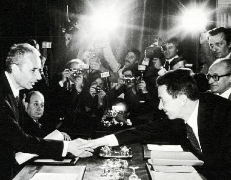 Aldo Moro (DC) e Enrico Berlinguer (PCI)