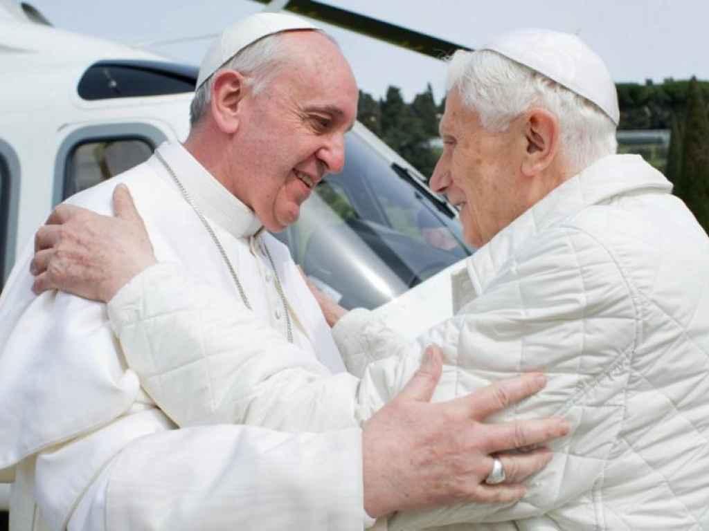 La Chiesa un anno dopo il gran rifiuto di Ratzinger