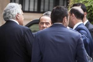 berlusconi visita nuova sede forza italia