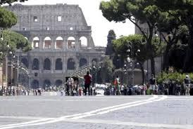 Via dei Fori Imperiali a Roma