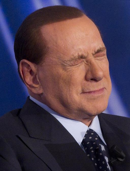 La Lega molla Berlusconi