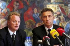 Raymond Johansen (a sinistra) con il premier Jens Stoltenberg