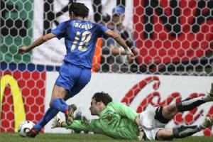 Il gol di Inzaghi nella gara del 2006