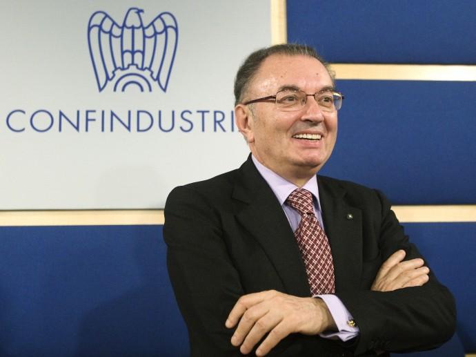Governo, Squinzi e Confindustria chiedono conto a Letta