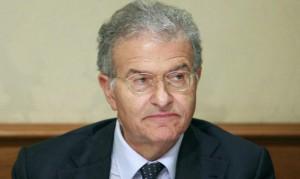 fabrizio cicchitto chiede a berlusconi di sostenere governo anche se decaduto