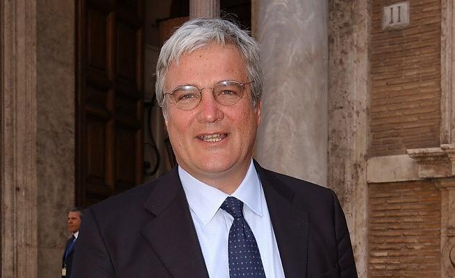 lionello cosentino candidato segretario favorito congresso pd roma bettini