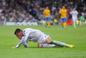 """Cristiano Ronaldo """"colpito"""" dal braccio di Chiellini. Se lo poteva risparmiare"""