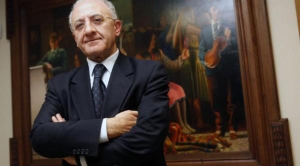 Vincenzo De Luca legge Severino