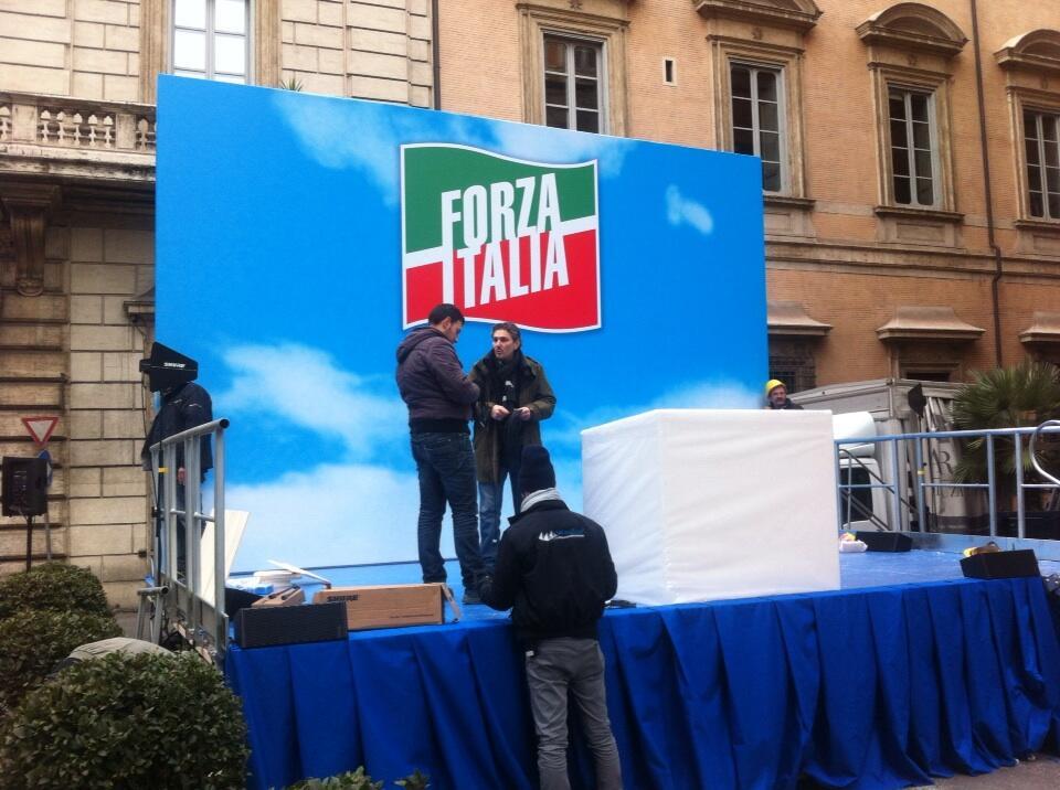 Berlusconi, il giorno della decadenza in diretta