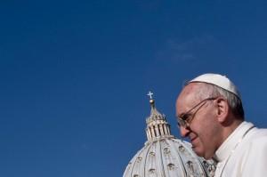 papa francesco contro corruzione