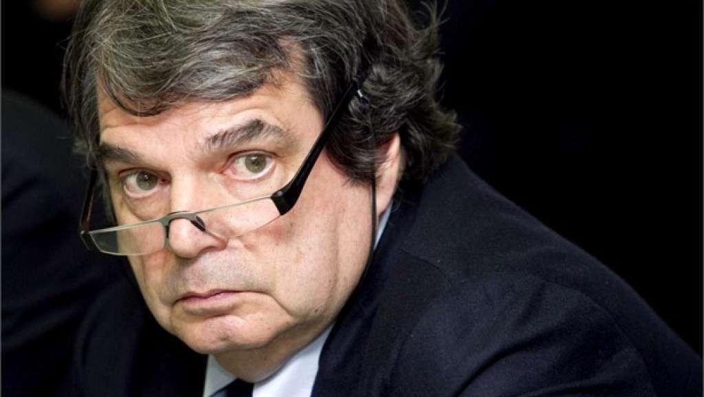 Il Mattinale di Brunetta offende Bersani e poi si scusa