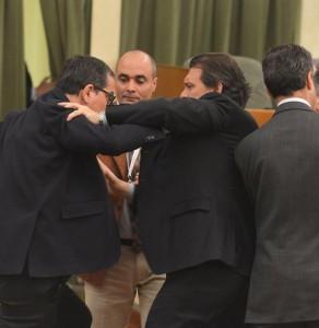 Regione Piemonte, rissa in consiglio regionale dimissioni dei consiglieri in piemonte