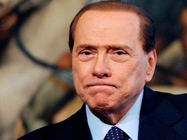 silvio berlusconi Italia fuori dall'Euro