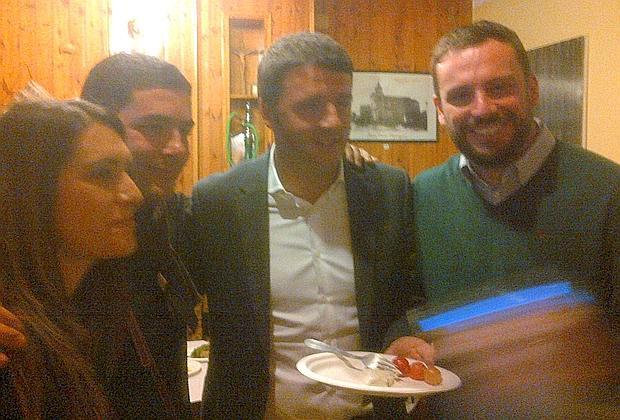 Renzi incontra l'antimafia nella terra dei fuochi