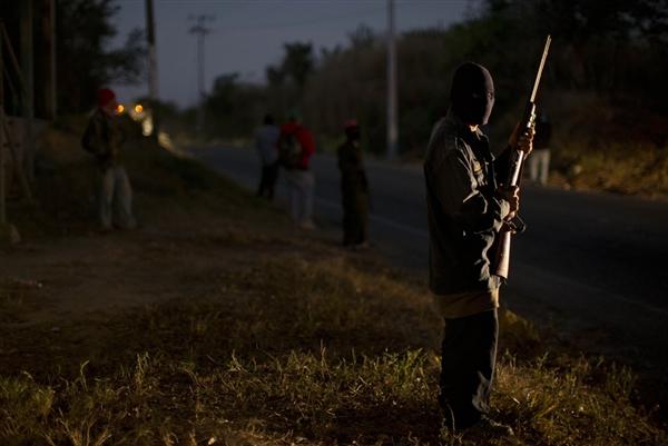 Messico i vigilantes liberano il Paese dai narcotrafficanti