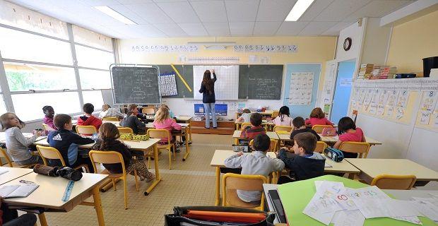 Scuola, il governo fa marcia indietro e blocca la restituzione dei 150 euro