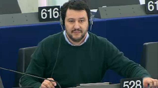 Strasburgo europarlamentare belga contro Salvini