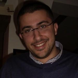 Capogruppo Pd regione Calabria sputa ad un giornalista