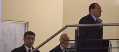 berlusconi incontra renzi nella sede pd