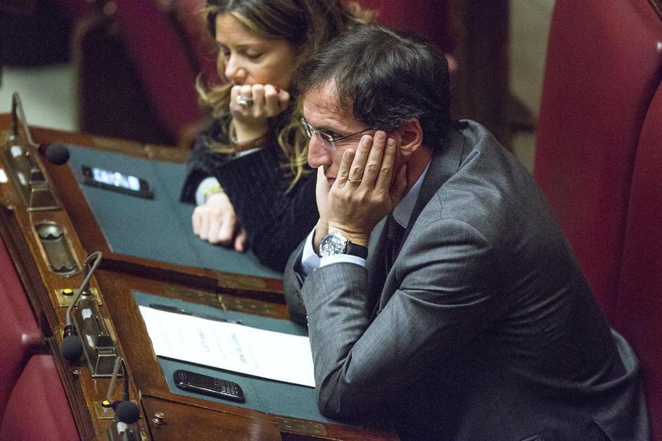 De Girolamo risponde in Parlamento