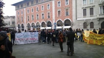 Kyenge a Brescia, tensioni in piazza