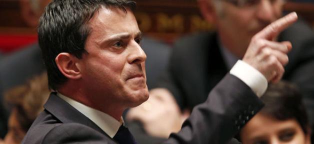 """Francia, Manuel Valls """"stop al comico antisemita Dieudonné"""""""
