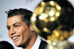 Cristiano Ronaldo vince il Pallone d'Oro FIFA 2013