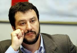 """'Cannabis legale' caso nella Lega chiuso da Salvini """"Sono cose da Renzi"""""""