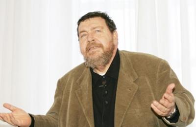 Giuliano Ferrara contro Grillo