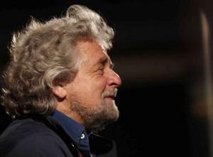 M5S, Beppe Grillo �Quando #COERENZIE difendeva Articolo 18?