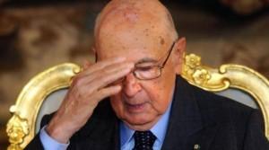 Napolitano: �In Italia insofferenza per i vecchi assetti di potere�. Grillo replica: �Ci � o ci fa?�