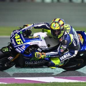Rossi in sella alla sua Yamaha