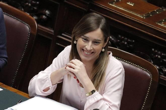 ministro rapporti con il parlamento governo renzi maria elena boschi
