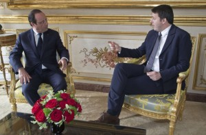 Hollande e Renzi all'Eliseo