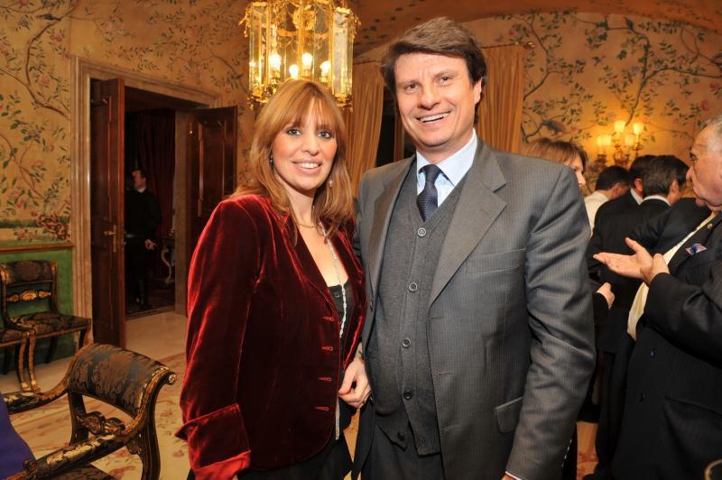 indagato mauro floriani marito Alessandra Mussolini per giro baby prostitute