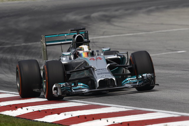 F1: Hamilton sorpassa Vettel in classifica e allunga in quota