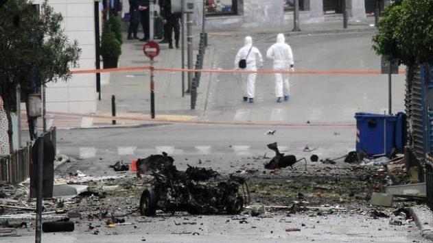 banca grecia bomba