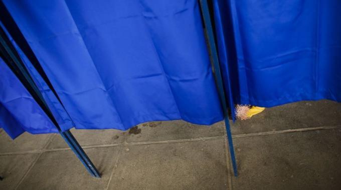 elezioni amministrative comune in provincia di milano lista neonazisti