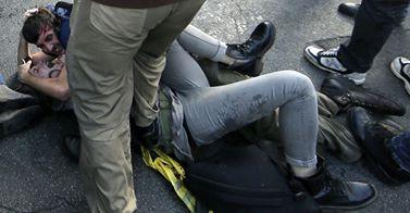Manifestazione casa, proseguono le indagini sugli scontri a Roma