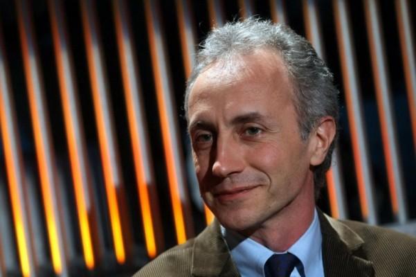 marco travaglio condannato a risarcire tiziano renzi - referendum costituzionale
