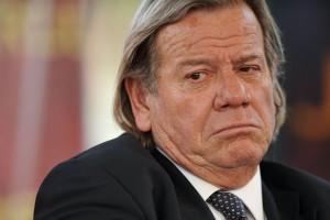 Forza Italia nel caos, Bianconi: �Berlusconi se ne vada�