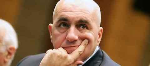 crosetto chiede a berlusconi di lasciare deve sparire classe dirigente
