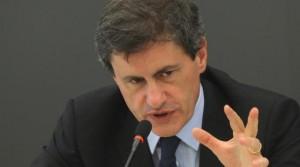 INTERVISTA Gianni Alemanno: �Ecco i segreti della Capitale. A Roma centrodestra suicida, preferisco Storace�