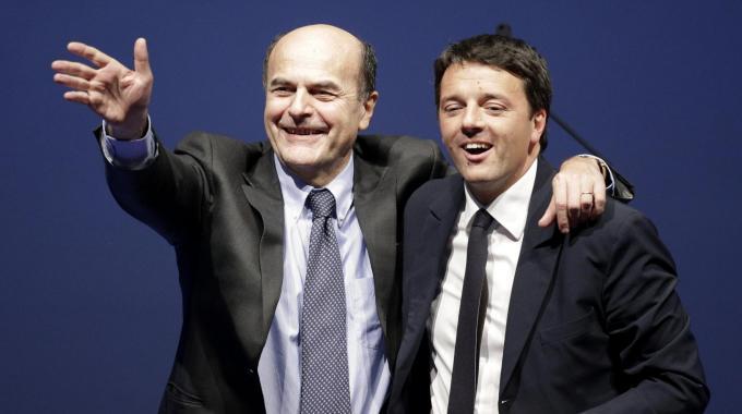 Riforme di Renzi, consigli non richiesti di Bersani e sostegno premier ombra Rotondi di Forza Italia